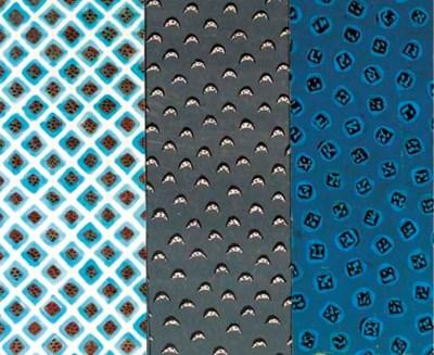 A lattice design in shades of