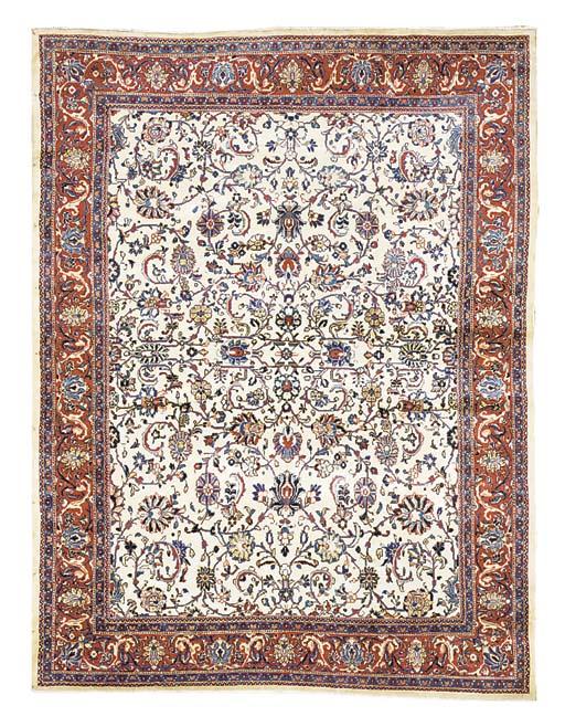 A fine Sorouk carpet, West Per