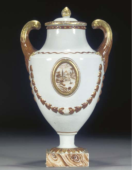 A CHINESE EXPORT URN SHAPED VA