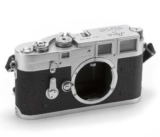 Leica M3 no. 736082