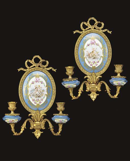 A pair of Paris porcelain and