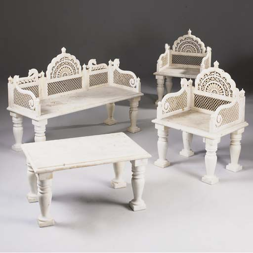 An Indian marble suite of furn
