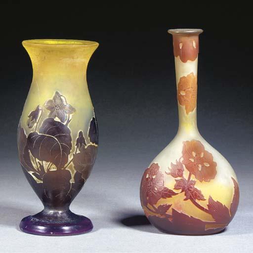 A Gallé cameo glass bottle vas