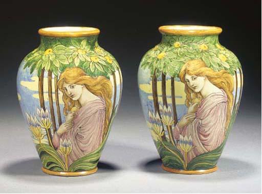 A pair of Ginori majolica vase