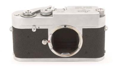 Leica M1 no. 980422