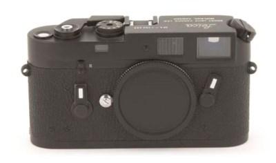 Leica M4 no. 1382288
