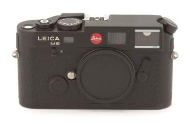 Leica M6TTL 0.85 no. 2470886