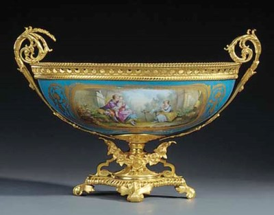 A Paris porcelain and gilt bro