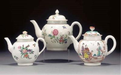 Two Worcester globular teapots