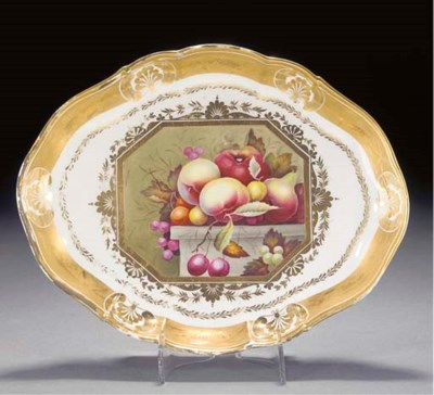 A Derby shaped oval dish