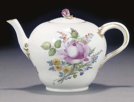 A Meissen (Marcolini) teapot a