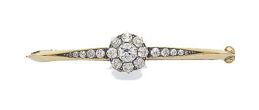 A DIAMOND CLUSTER BANGLE