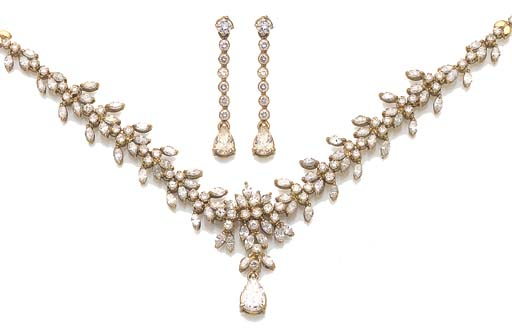 A DIAMOND AND VARI-CUT DIAMOND