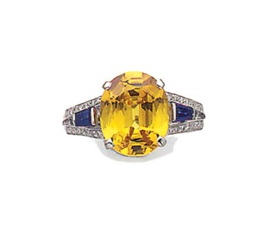 AN OVAL YELLOW SAPPHIRE SINGLE