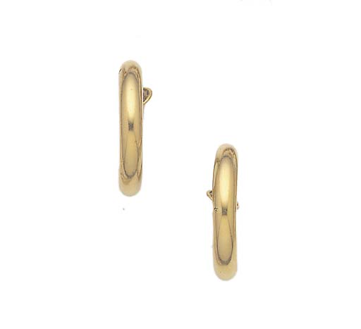 A PAIR OF CARTIER 18CT. GOLD L