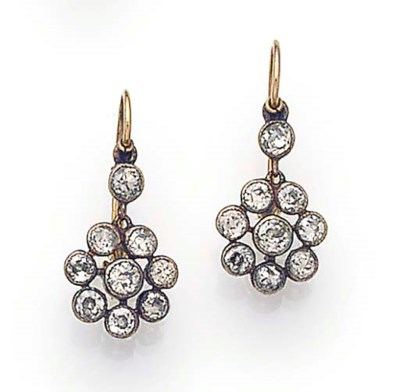 A PAIR OF ANTIQUE DIAMOND CLUS