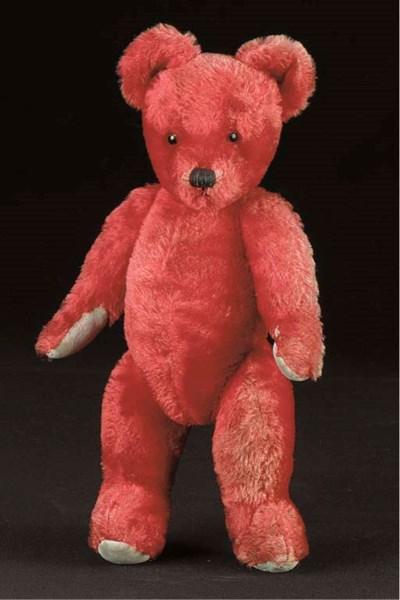 An unusual Twyford teddy bear
