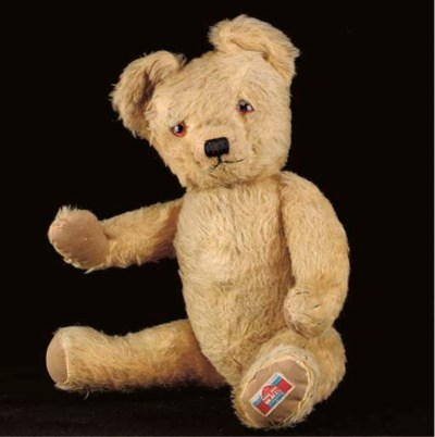 A late Alpha Farnell teddy bea