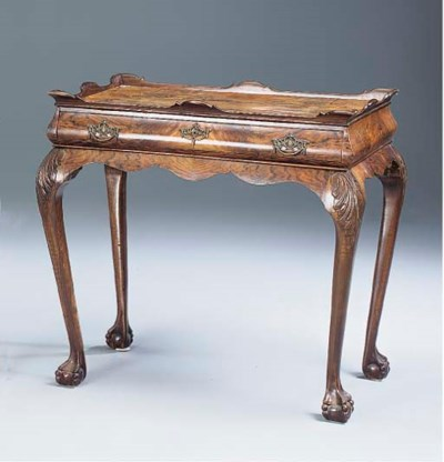 A DUTCH WALNUT TEA TABLE