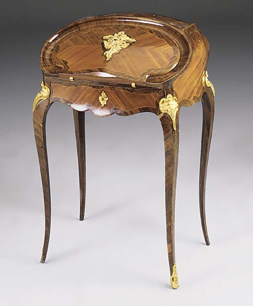 A FRENCH ORMOLU MOUNTED KINGWO