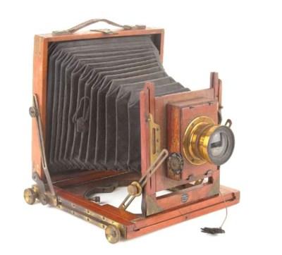 Patent field camera