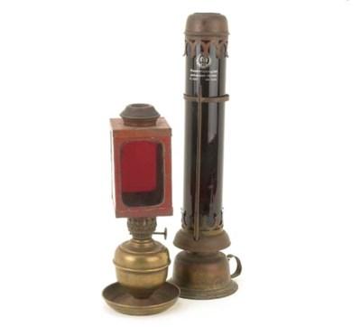 Darkroom safelamps