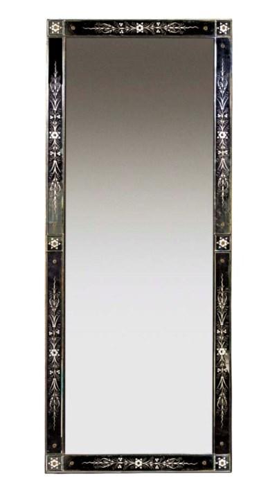 A Pier mirror