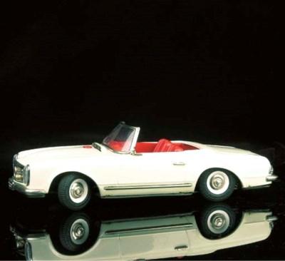 Schuco Mercedes-Benz Convertib