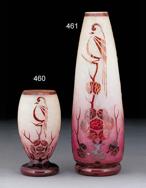 'Décor Pinsons' a cameo glass