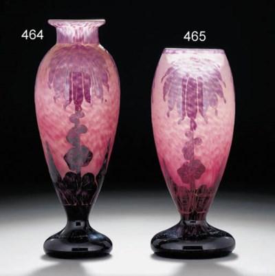 'Décor Dahlias' a cameo glass