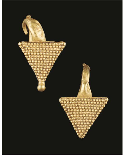 A PAIR OF ROMANO-EGYPTIAN GOLD PYRAMID EARRINGS