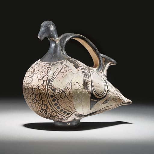 AN ETRUSCAN RED-FIGURE DUCK ASKOS, ATTRIBUTED TO THE CLUSIUM GROUP