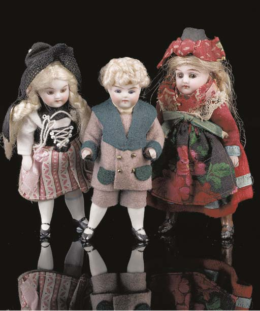 An all-bisque dolls' house doll