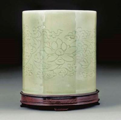 A pale celadon glazed cylindri