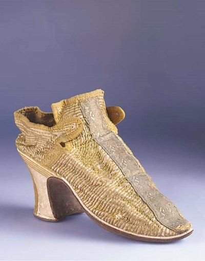 A single lady's shoe, of ivory