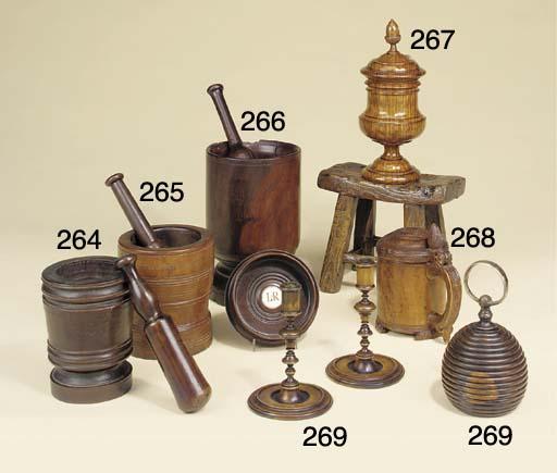 An oak tobacco jar