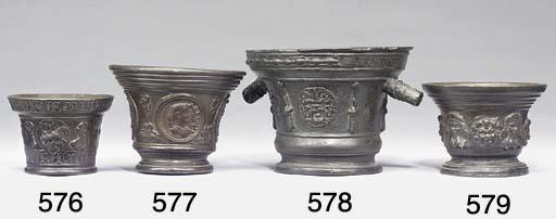A Central Italian? bronze mort