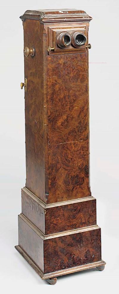 Pedestal stereoscope
