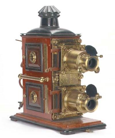 Biunial magic lantern