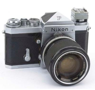 Nikon F no. 7049933