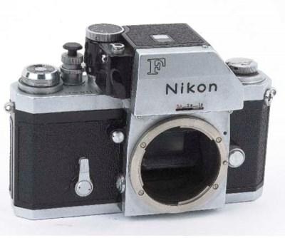 Nikon F no. 7118541