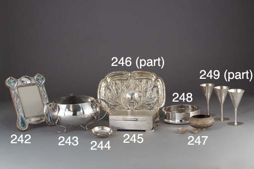 A Set of Eight George V Silver