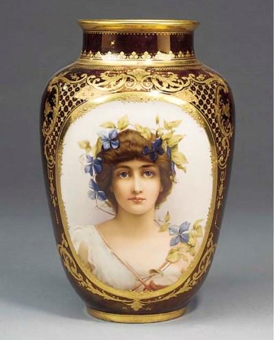 A Viennese porcelain vase
