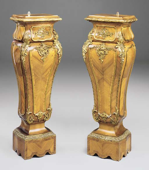 A PAIR OF FRENCH KINGWOOD ORMO