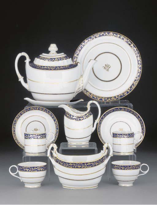 A Worcester porcelain part tea