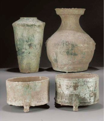 Two Han green glazed cylindric