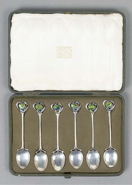A Boxed Set of Cymric Silver S