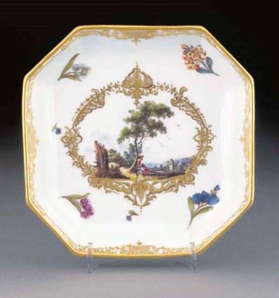 A Meissen octagonal teapot-sta