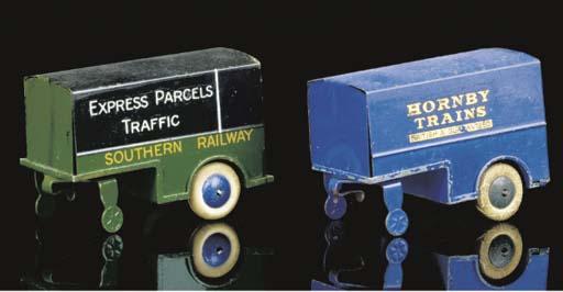 Pre-war Dinky 33 Box Van Trail