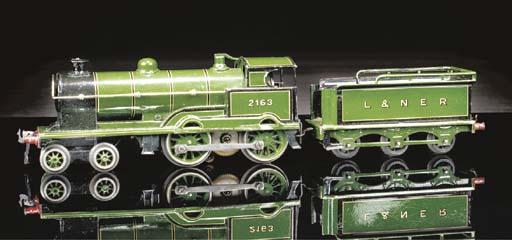 A Bing electric 4-4-0 LNER loc
